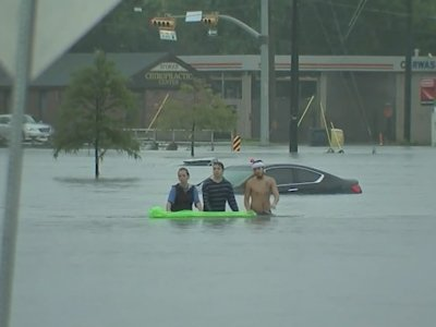 Flash Flooding Forces Houston Residents to Flee