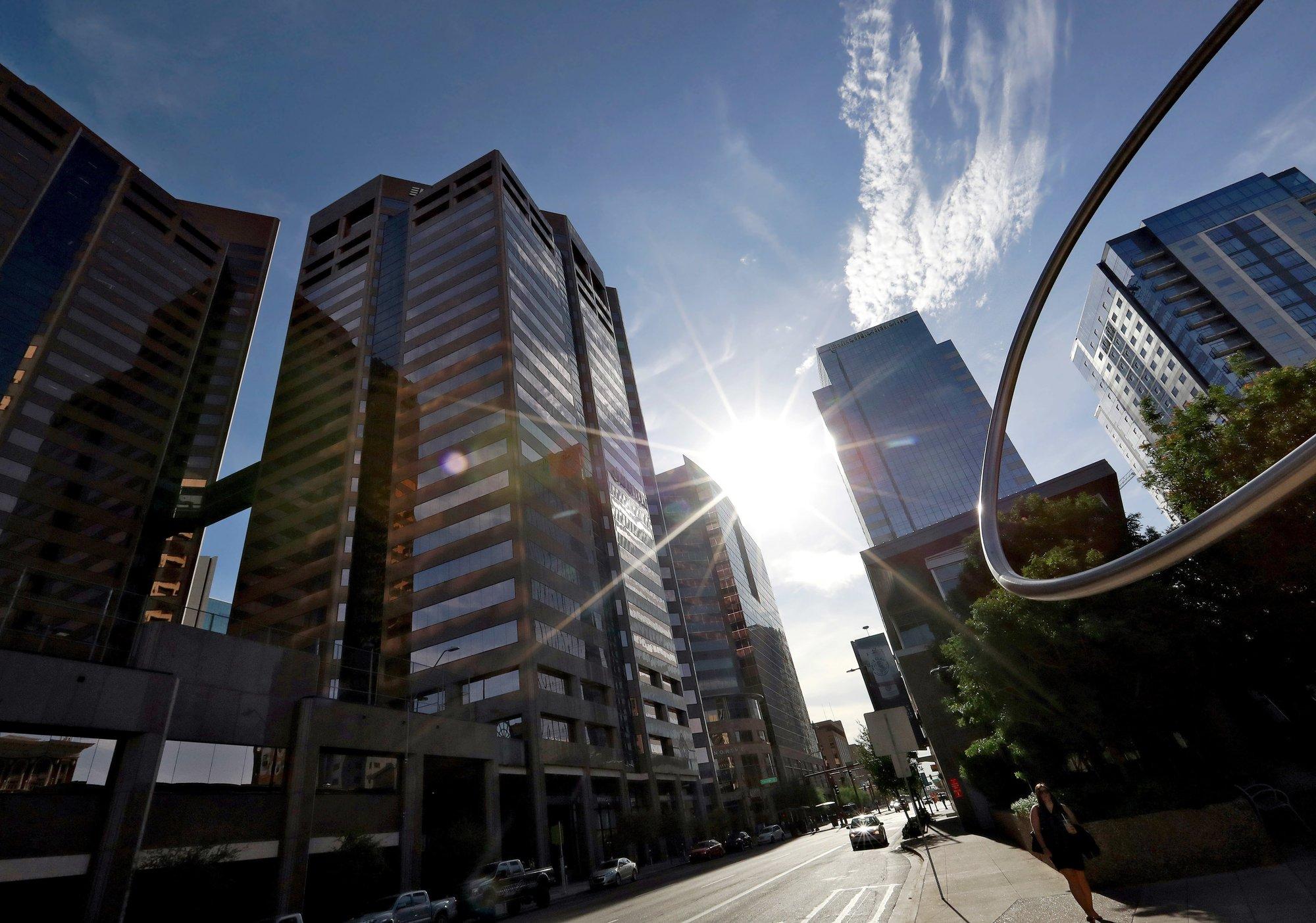 'Urban island effect' compounds Phoenix's sweltering heat