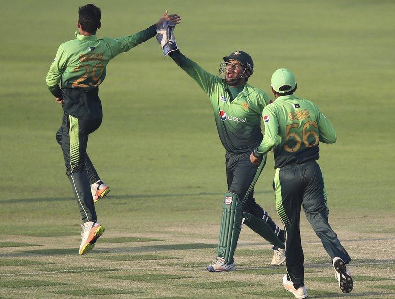 Shadab Khan, Sarfaraz Ahmed