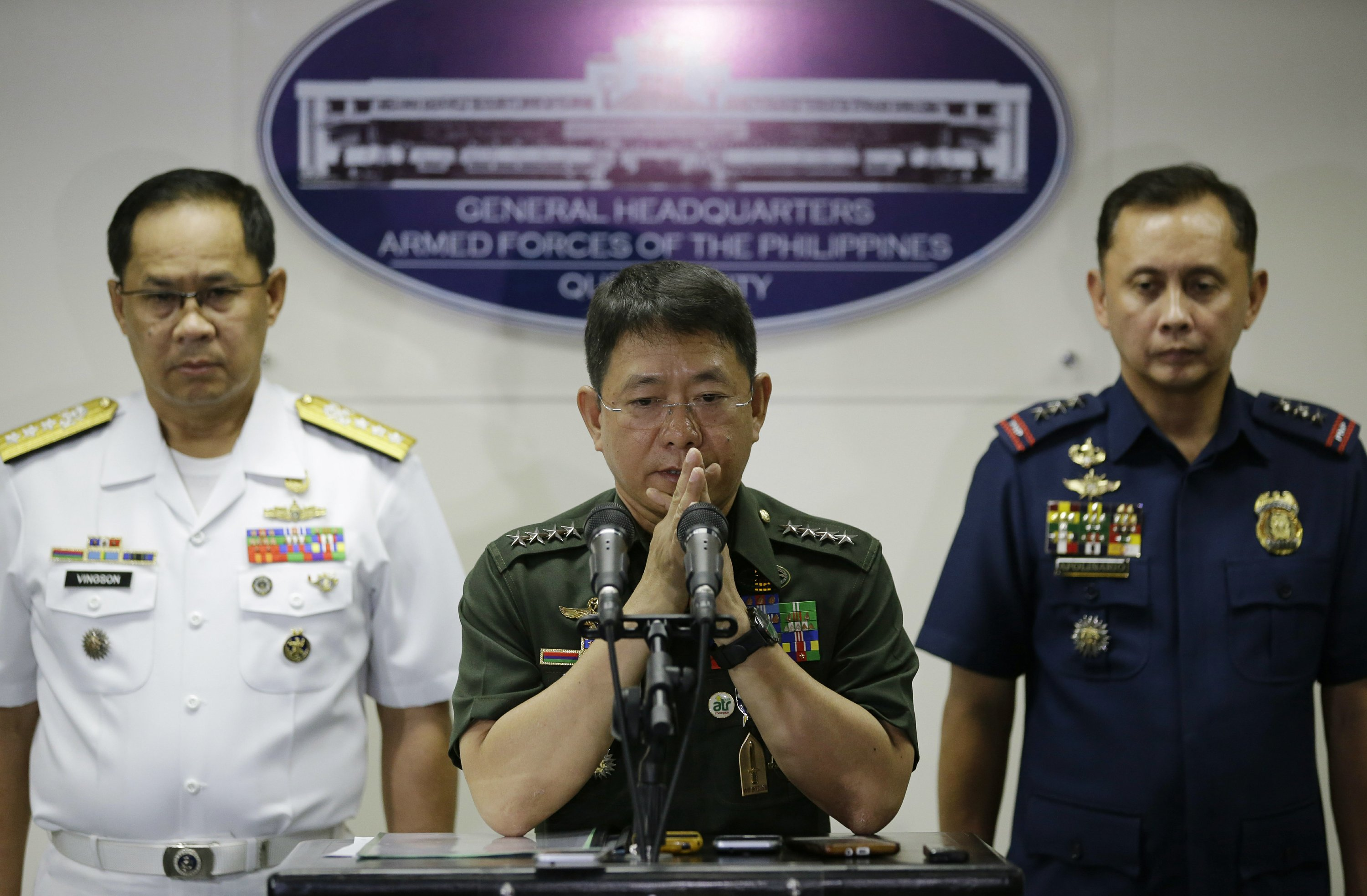 The Latest: Clashes with Abu Sayyaf raise tourism concerns