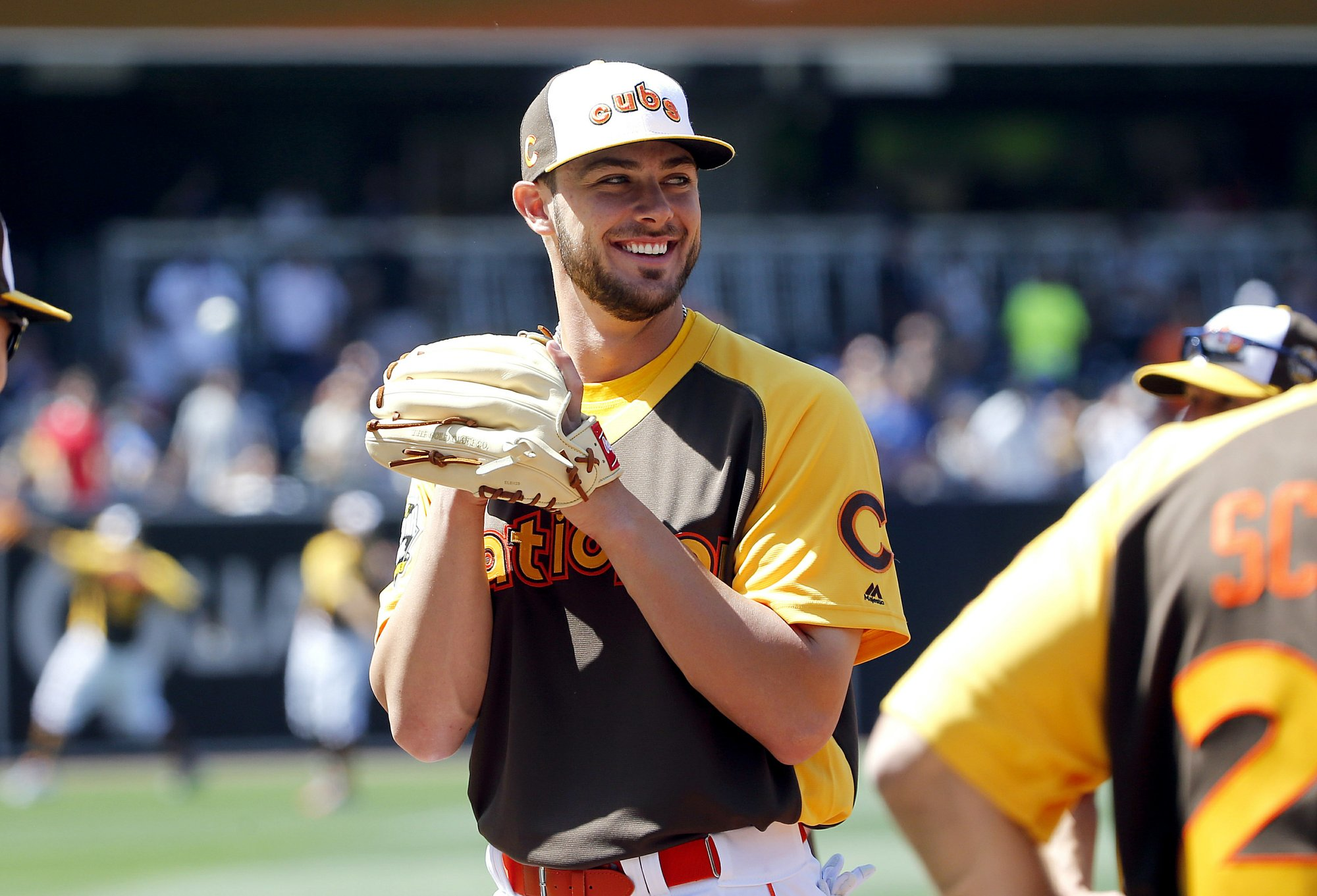 5d46b33c21b2ba National League's Kris Bryant, of the Chicago Cubs, laughs with teammates  prior to the MLB baseball All-Star Home Run Derby, Monday, July 11, 2016,  ...
