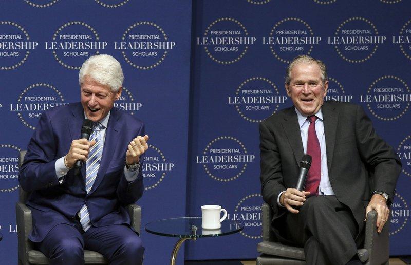 Bil Clinton, George W. Bush