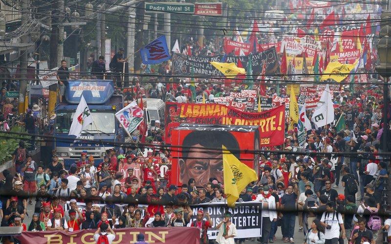 Filipino Protesters Slam Martial Law Killings Under Duterte