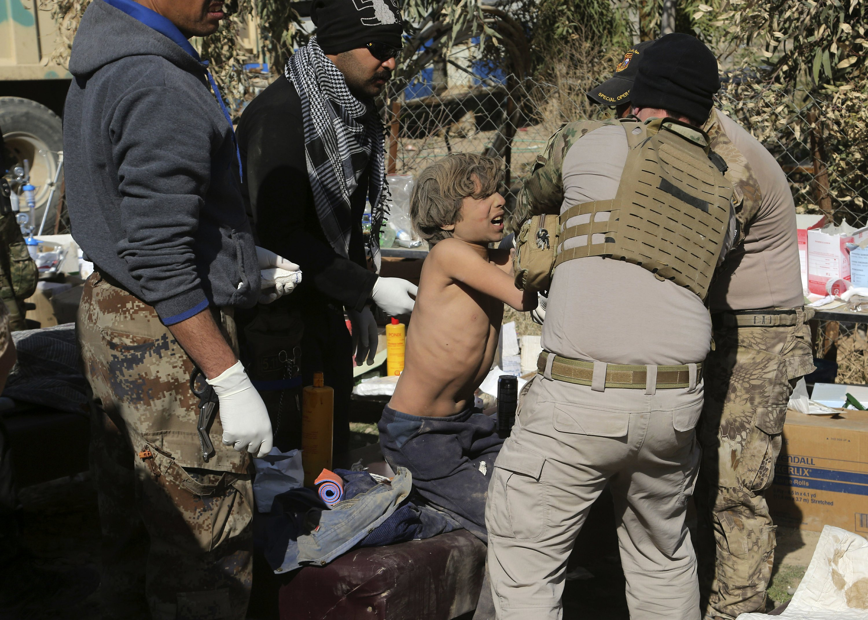 Casualties mount as Iraqi troops advance in IS-held Mosul