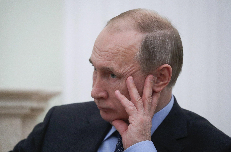 Russian leader assails Ukraine Orthodox church reform