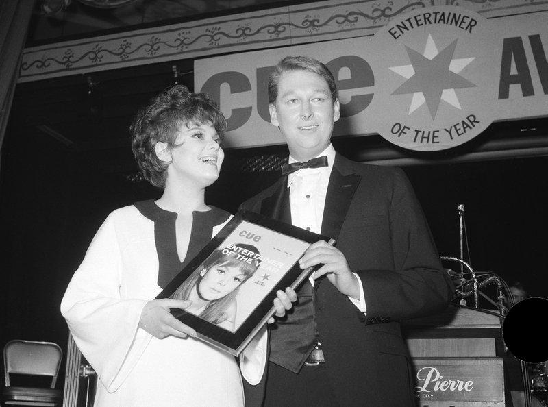Barbara Harris, Mike Nichols