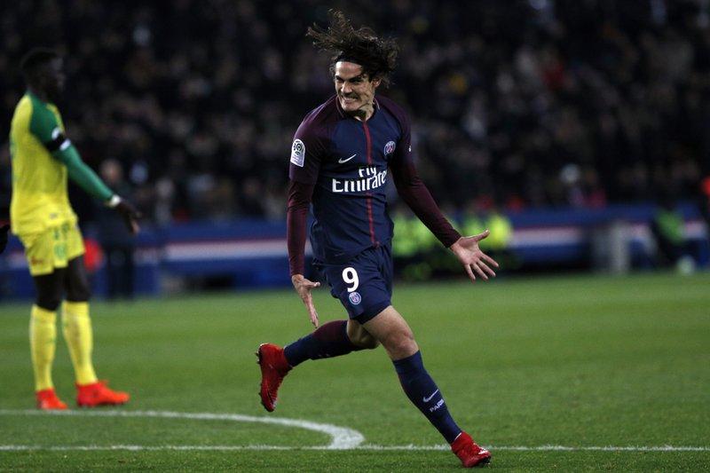 6c13693c5 Cavani scores twice as league leader PSG routs Nantes 4-1
