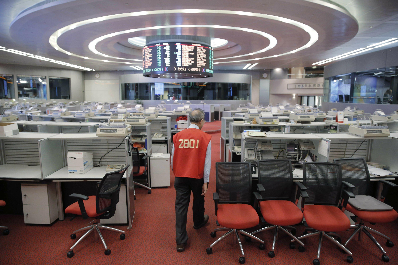End of an era as Hong Kong stock trading floor set to close
