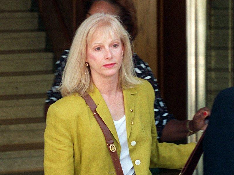 Oscar-nominated actress Sondra Locke dies at 74