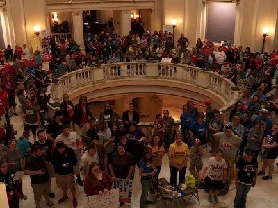 Oklahoma Teachers Urged to End Walkout
