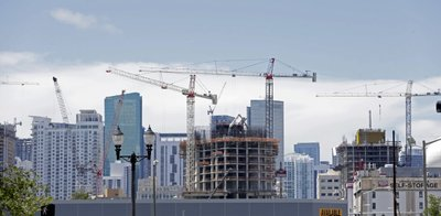Builders Up Spending By 07 Pct Signs Of Pressure Emerge