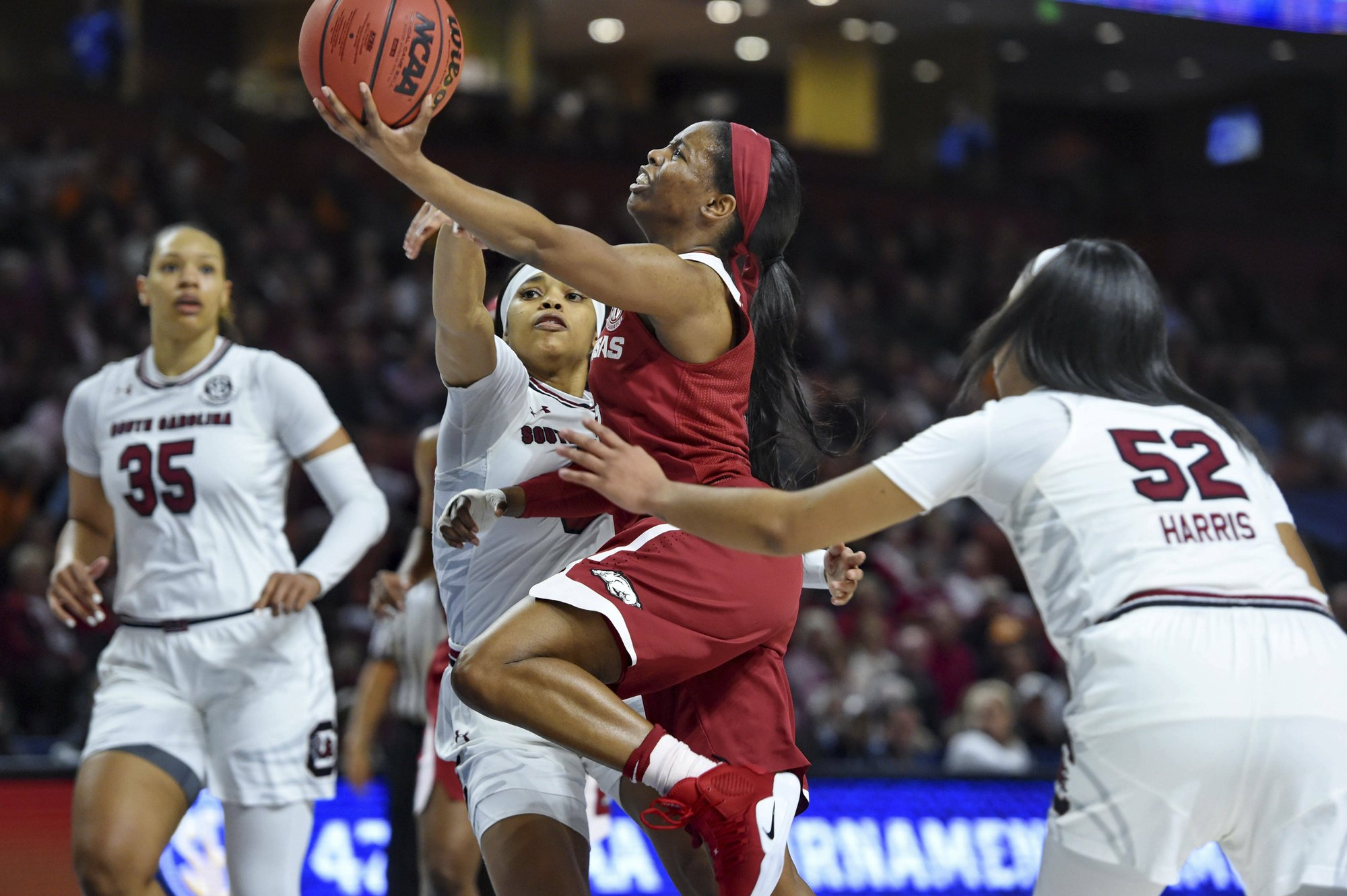 South Carolina looks to erase SEC disappointment in NCAAs