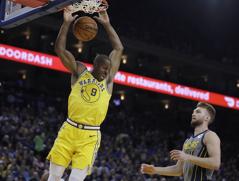 5a0b17aa353a Durant helps lead Warriors past Pacers after friend s death