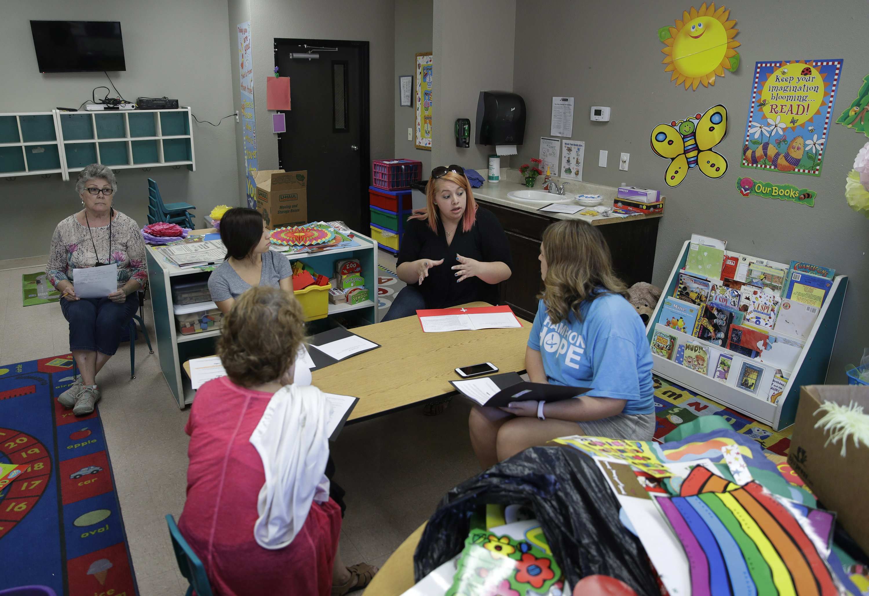 Devos And Tax Credit Vouchers Arizona >> Devos Say School Vouchers Part Of Tax Overhaul Discussions