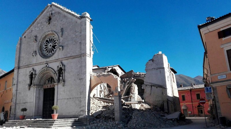 Powerful quake spares lives, but strikes at Italy's identity