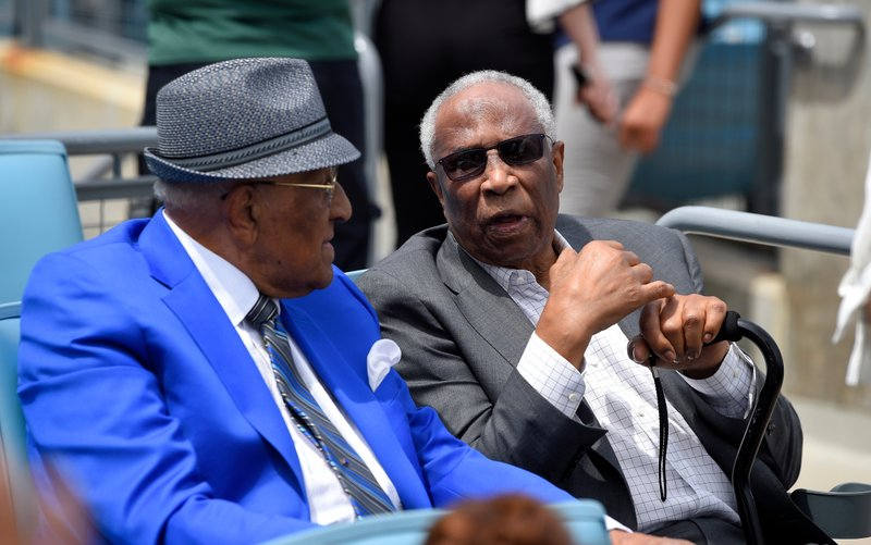 Don Newcombe, Frank Robinson
