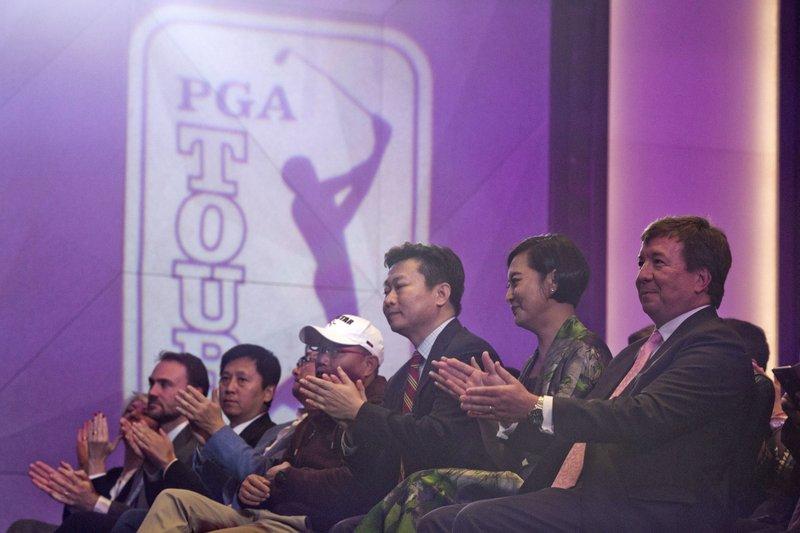 Greg Gilligan, Hong Li