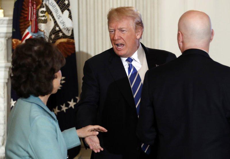 Donald Trump, Elaine Chao, Pete Ricketts,
