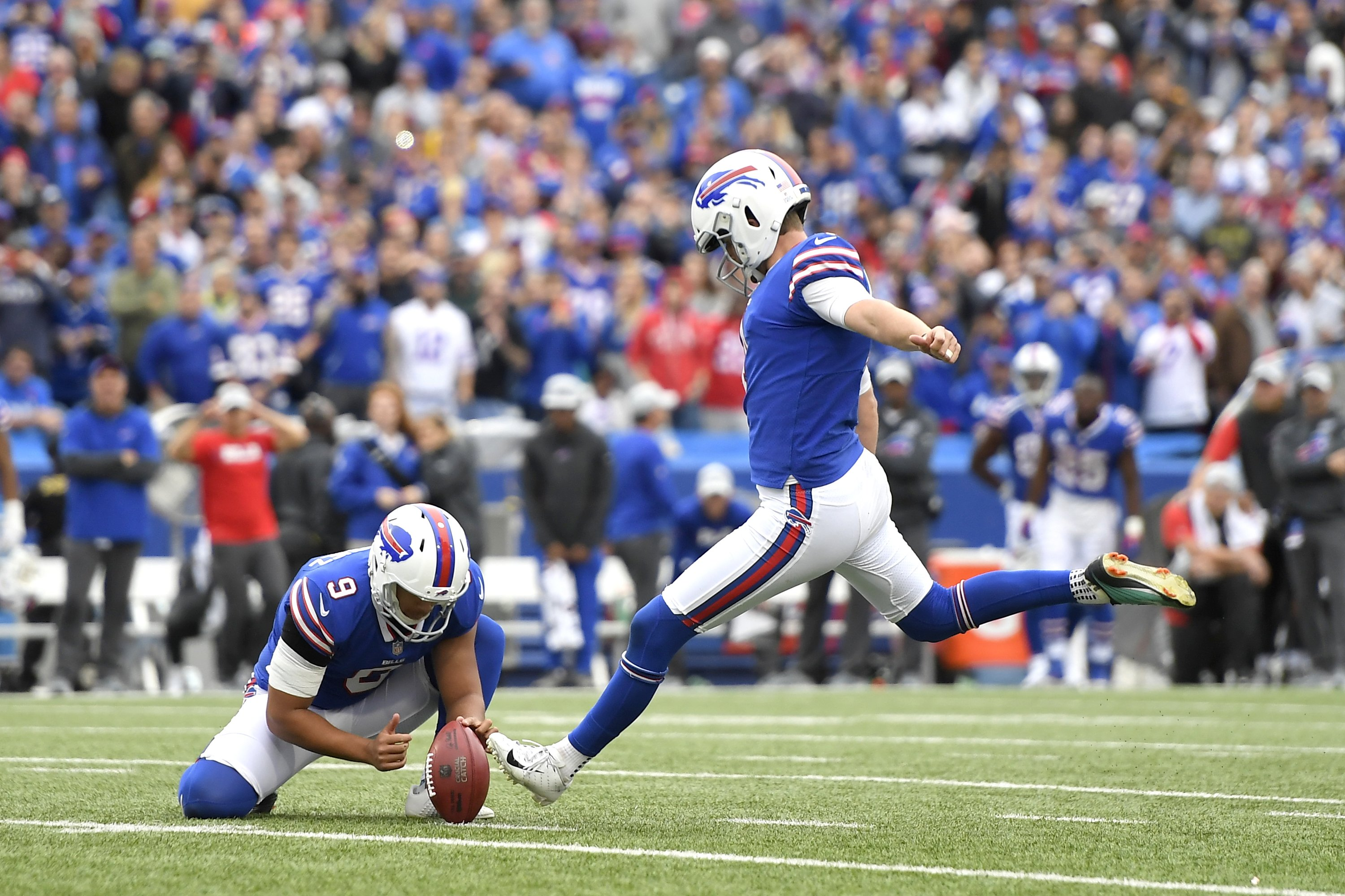 Heroes and villains among NFL placekickers in Week 5