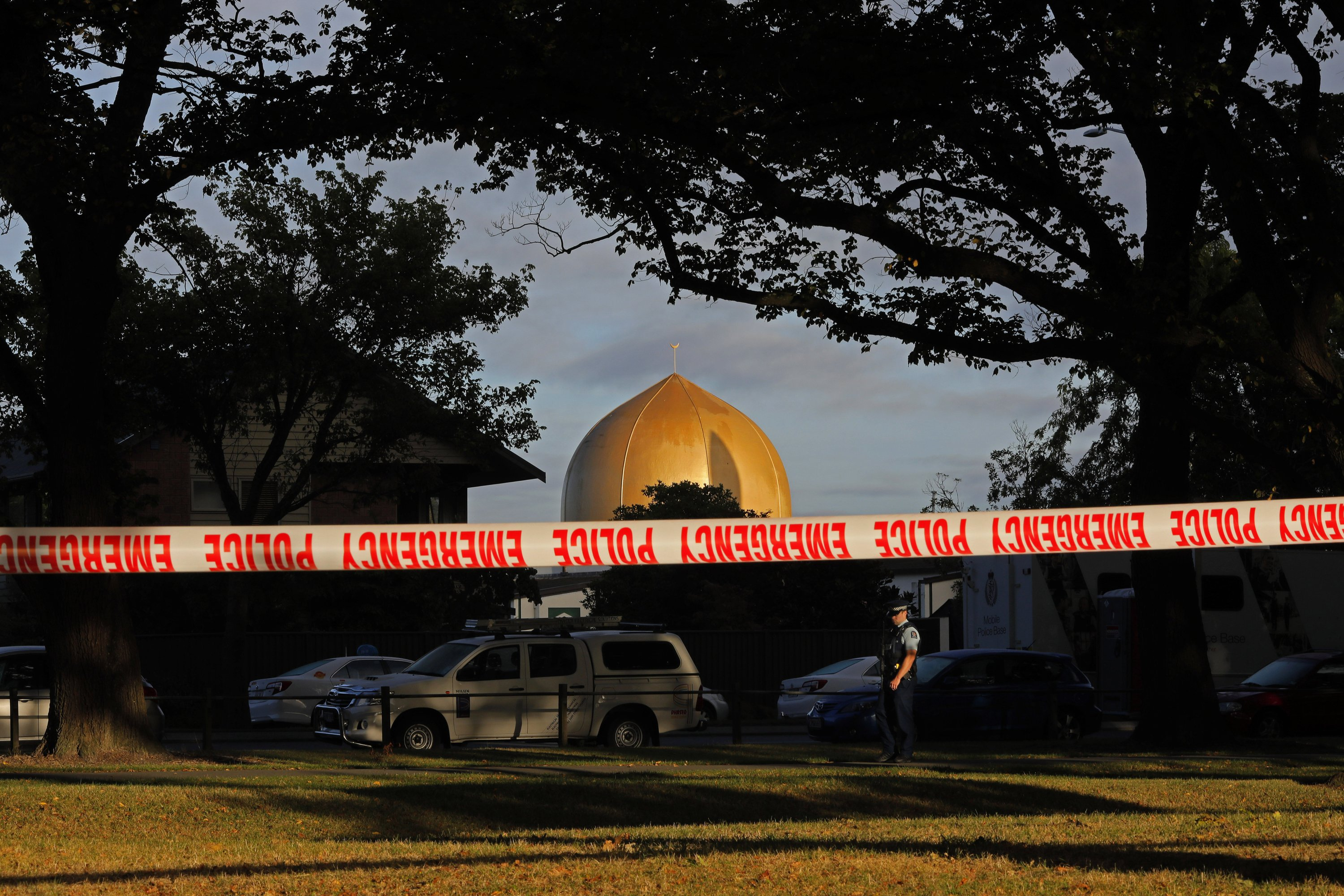 Facebook says no one flagged NZ mosque shooting livestream