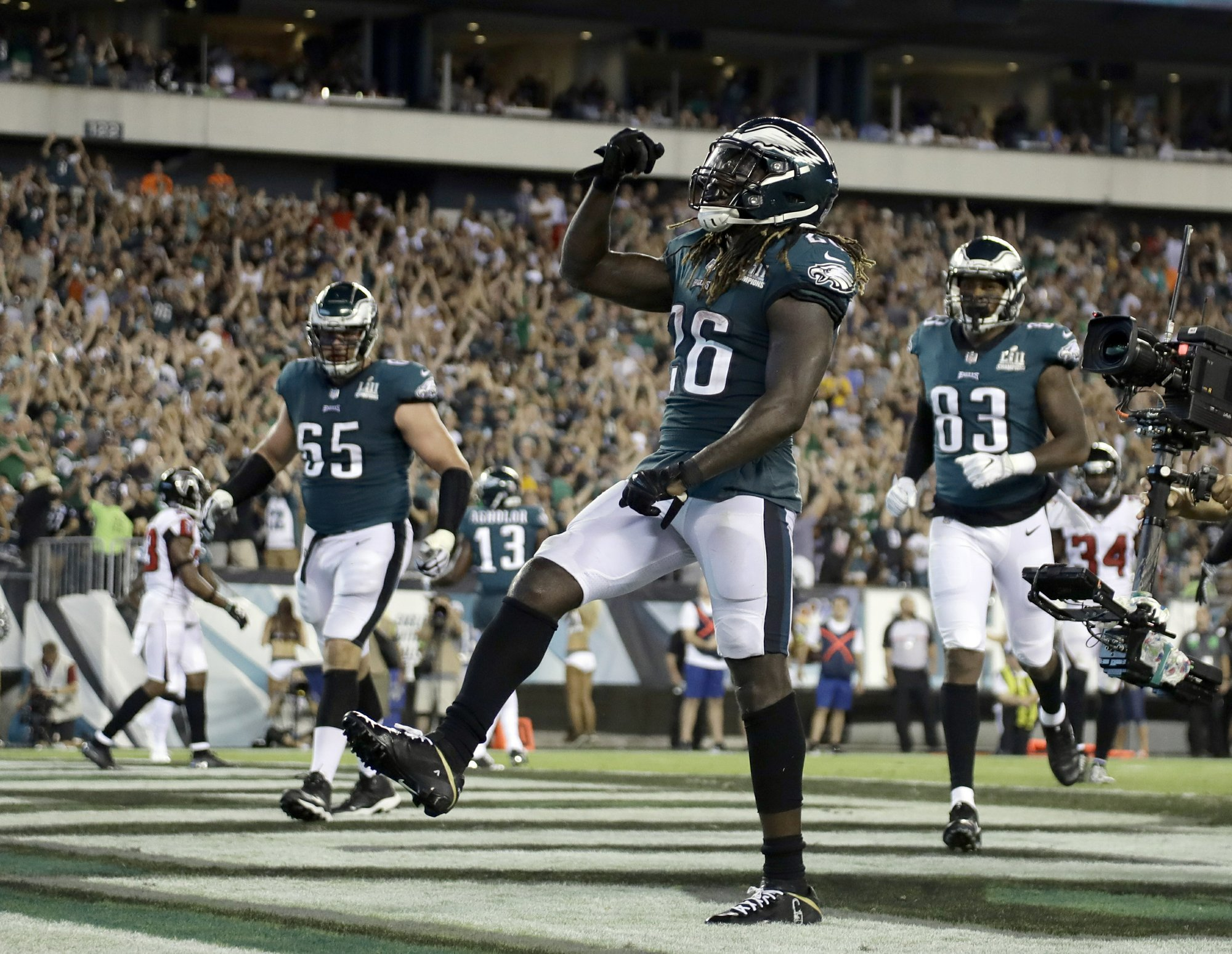 79e8e9c0c The Latest  Eagles beat Falcons 18-12 in sloppy NFL opener