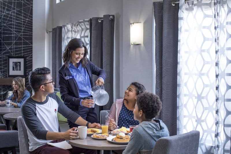 Αποτέλεσμα εικόνας για 'Hilton Breakfast Alliance' Uncovers The State of Breakfast, Sparks a Movement to Transform the Most Important Meal of the Day Into an Opportunity for Connectio