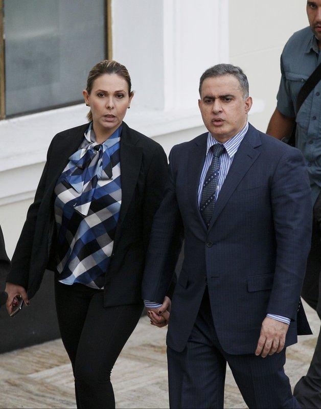 Tarek William Saab, Carla Di Martino