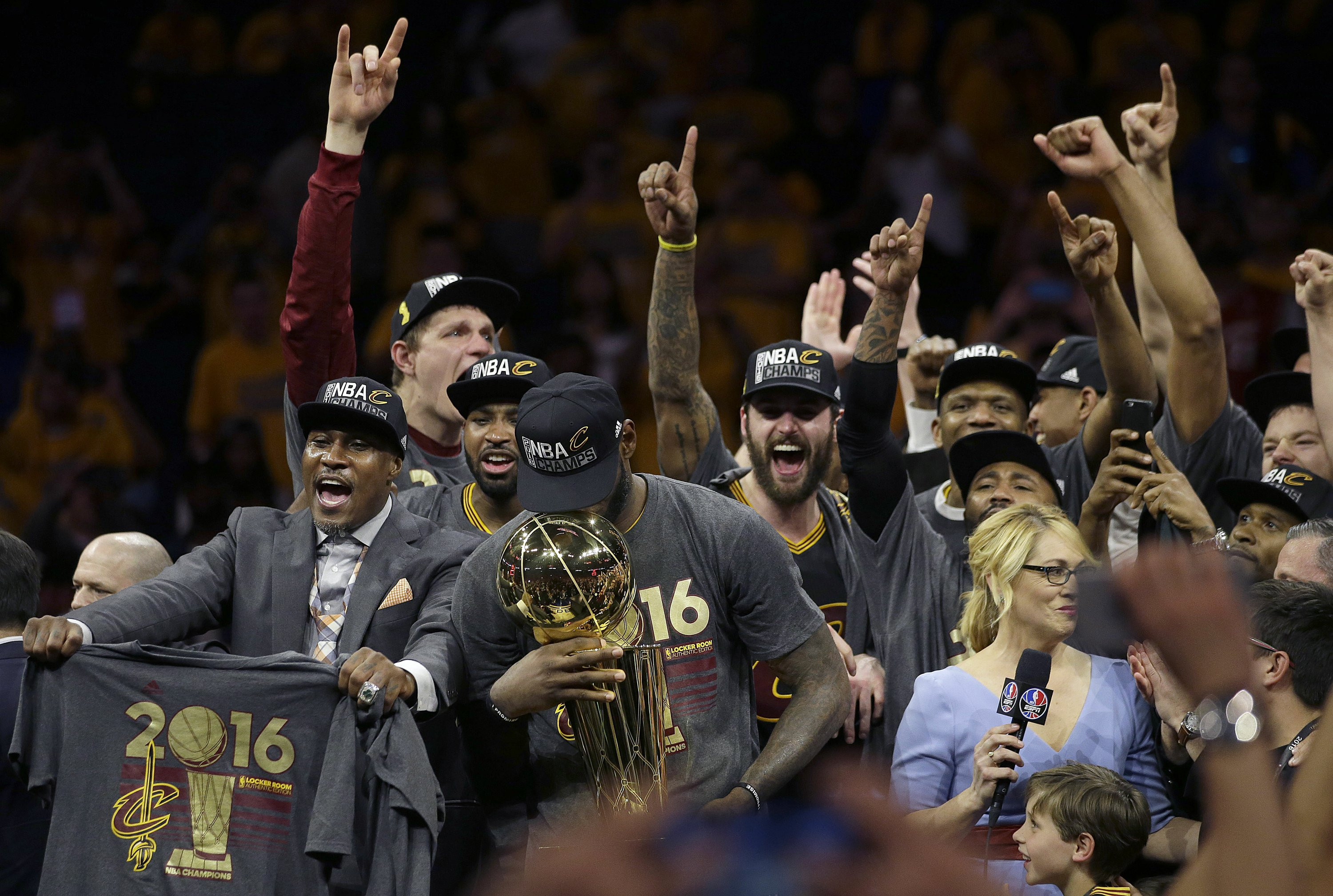 James And Cavaliers Win Thrilling Nba Finals Game 7 93 89