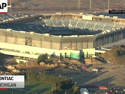 Failed Implosion of Detroit Silverdome Stadium