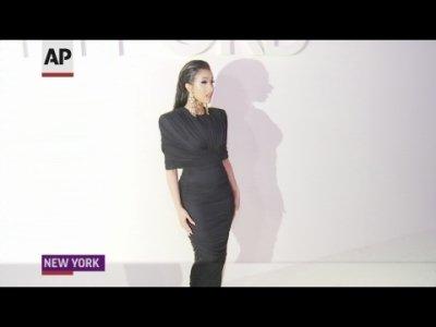 Gigi Hadid projects Tom Ford glamor