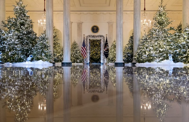 Melania Trump White House Christmas.Dancing Ballerinas Help Kick Off Christmas At White House