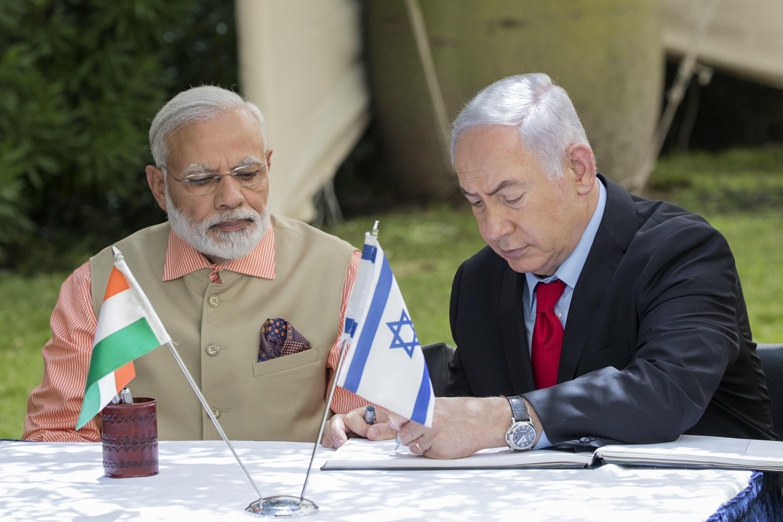 Modi caps Netanyahu bromance with barefoot beach stroll