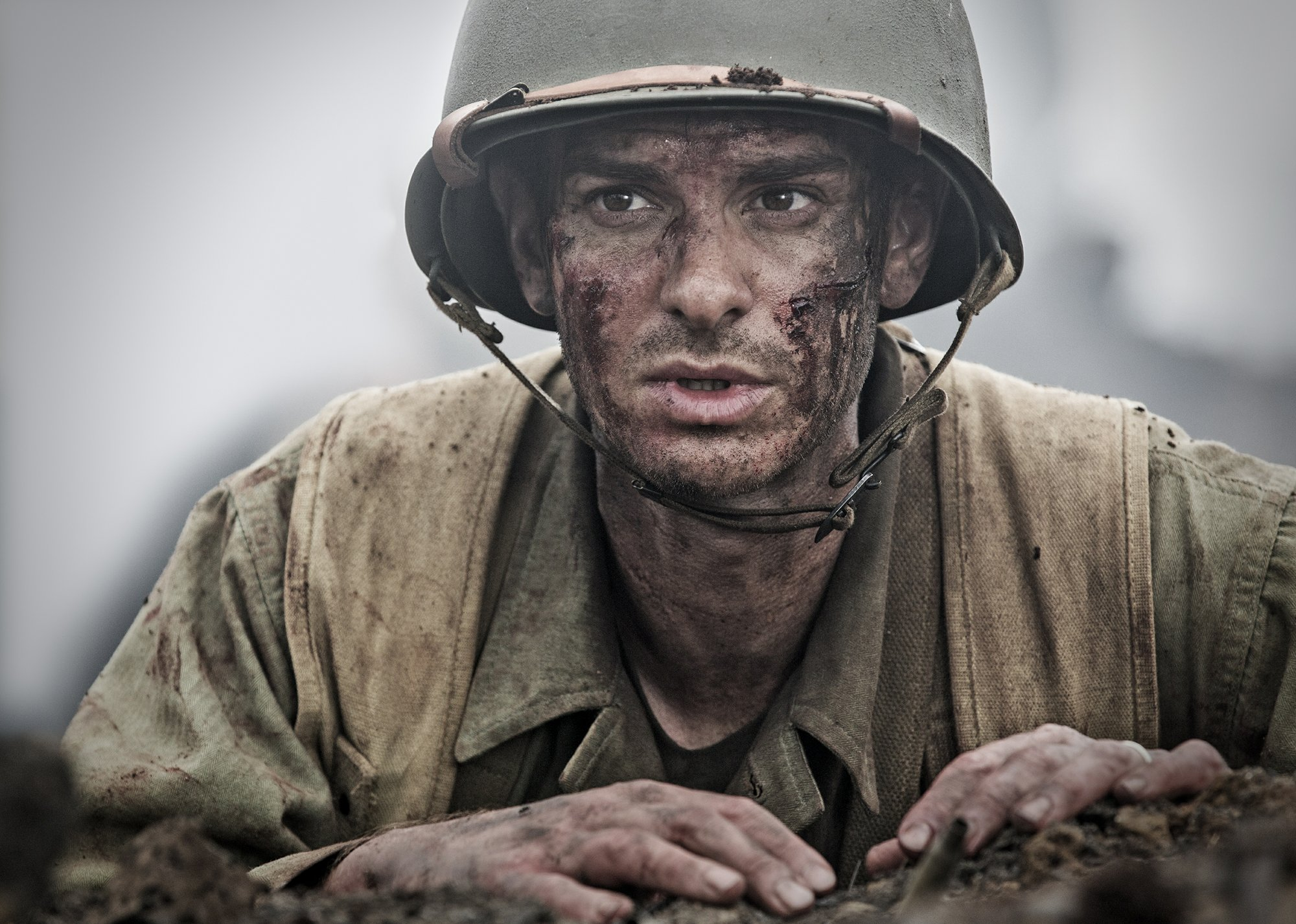 Review: Mel Gibson roars back with bruising 'Hacksaw Ridge'