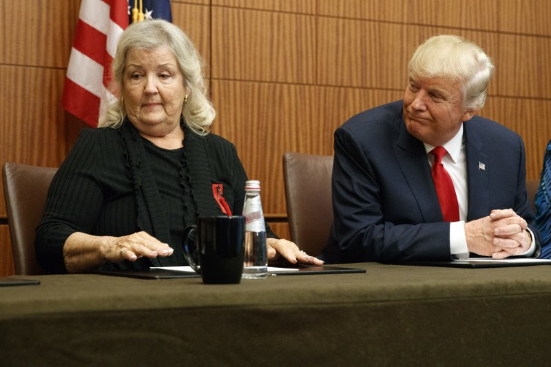 Donald Trump, Juanita Broaddrick
