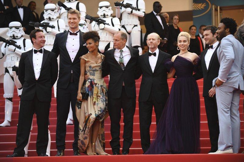 Donald Glover, Alden Ehrenreich, Emilia Clarke, Ron Howard, Woody Harrelson, Thandie Newton, Joonas Suotamo