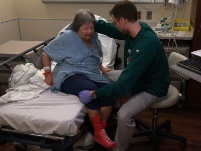 ER Nurses Keep Older Patients Out of Hospital