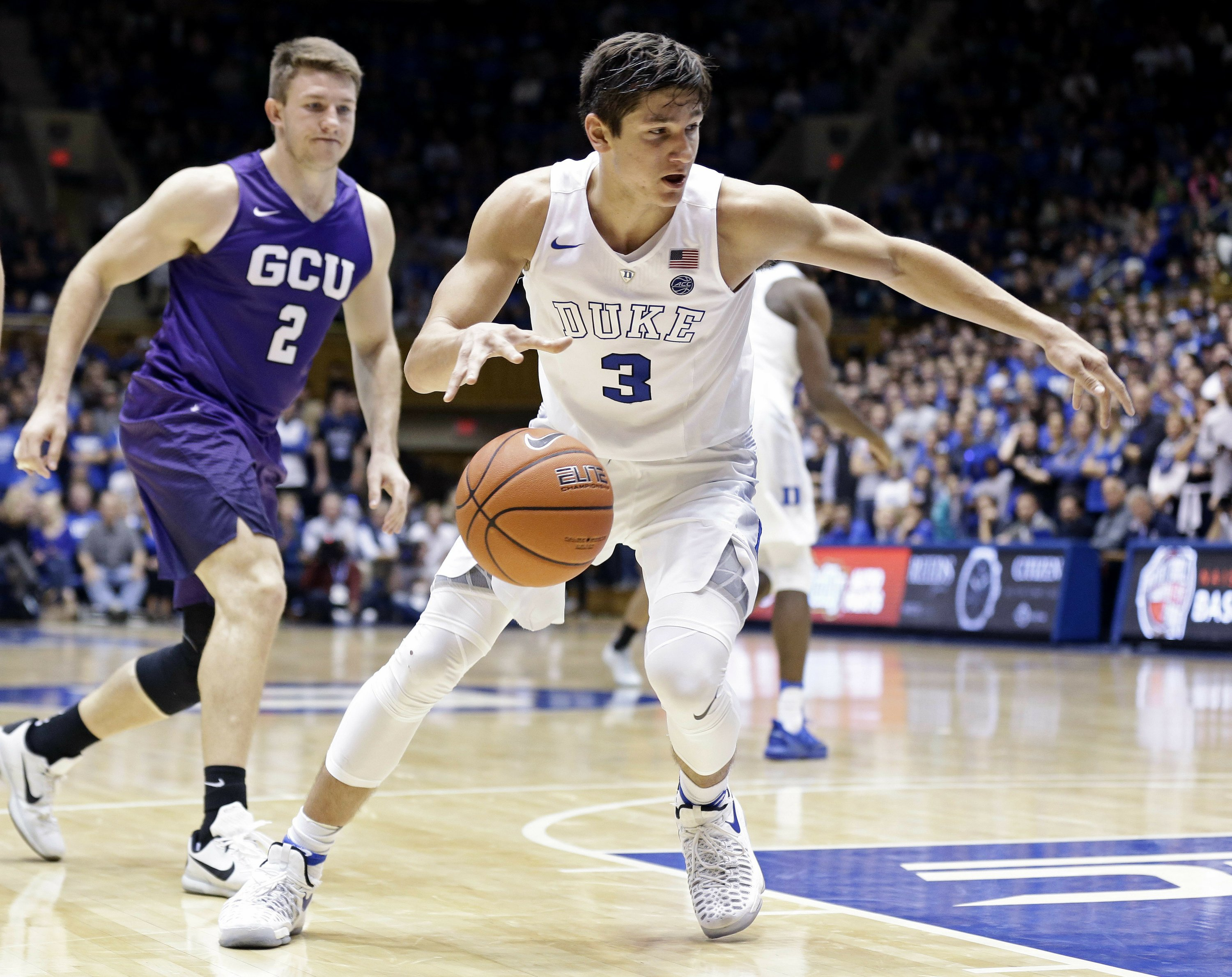 Duke stays solid No. 1 in men's basketball