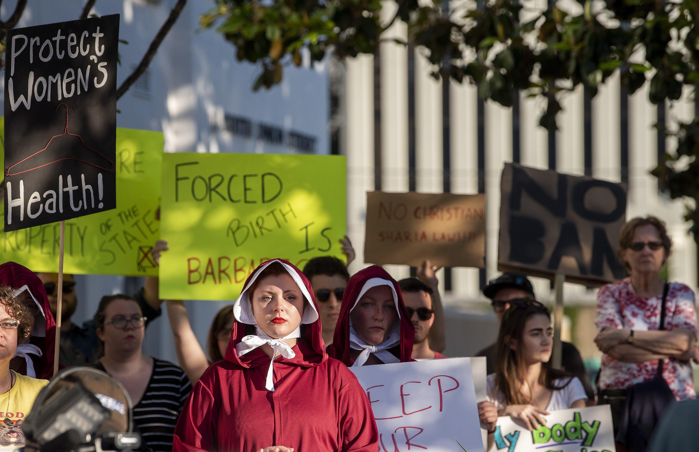 Alabama abortion ban bill ignites legal, political battles