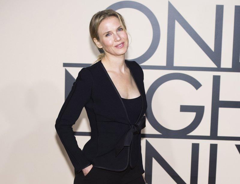 Rose McGowan defends Renee Zellweger, slams film critic