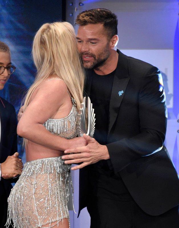 Ricky Martin, Britney Spears
