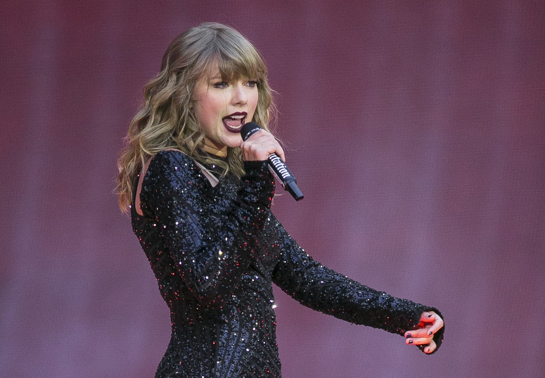 Taylor Swift Breaks Political Silence Backs Tennessee Dems