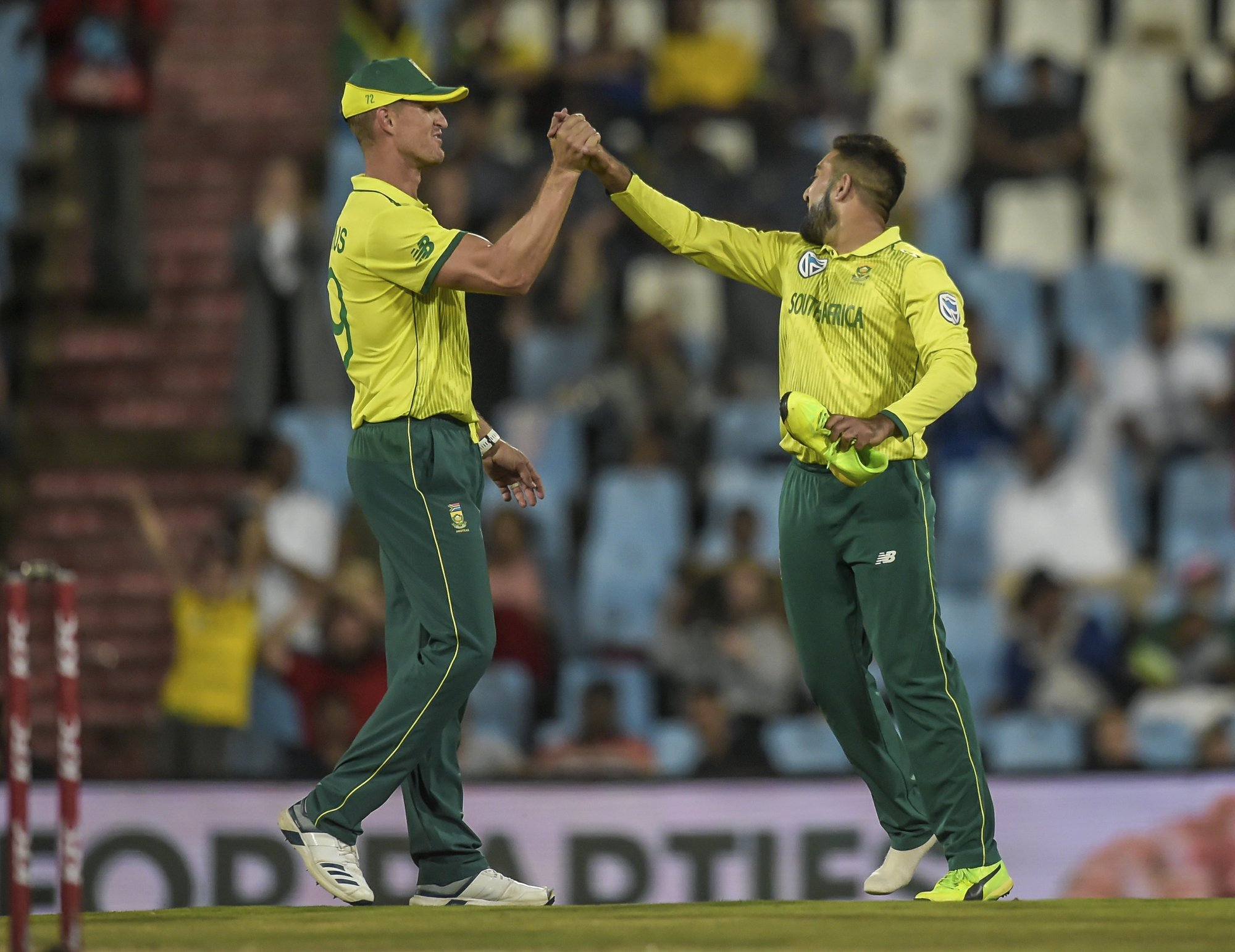 South Africa clinches T20 series against Sri Lanka