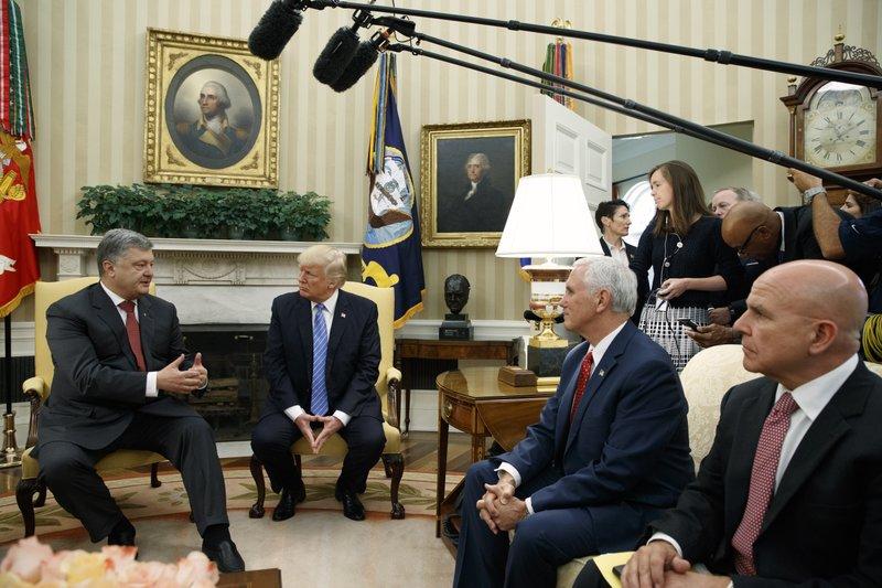 Donald Trump, Petro Poroshenko, Mike Pence, H.R. McMaster