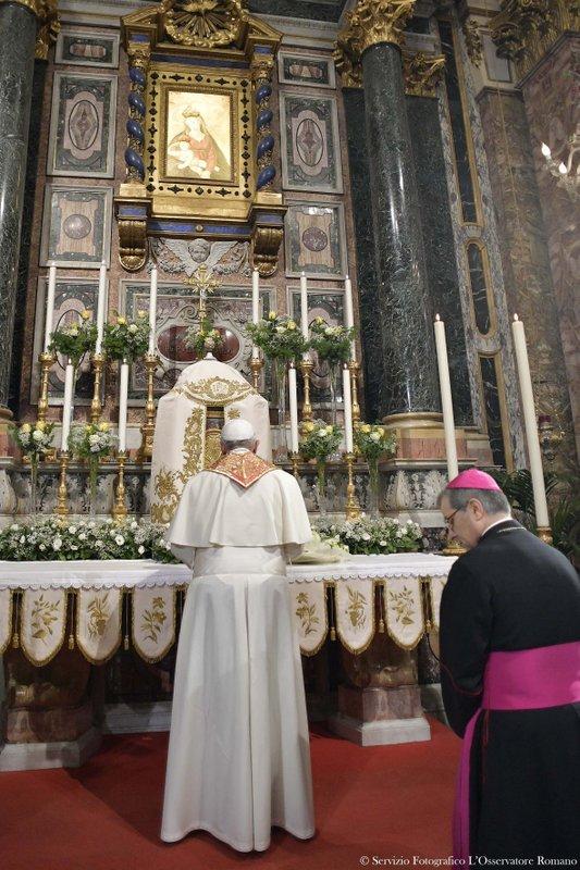 Francis, Douglas Regattieri