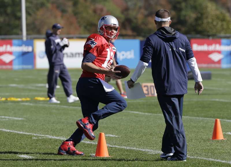 Tom Brady, Josh McDaniels