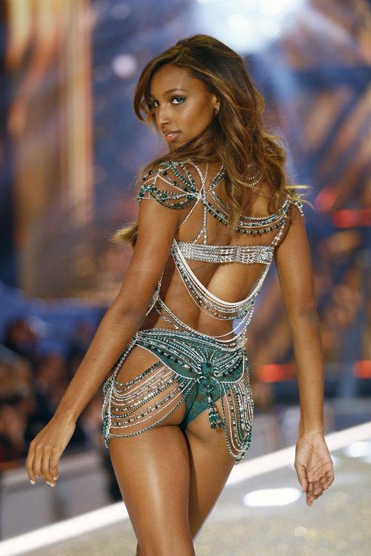 Model Jasmine Tookes Displays A 3 Million Fantasy Bra During The Victorias Secret Fashion Show Inside The Grand Palais In Paris Wednesday Nov