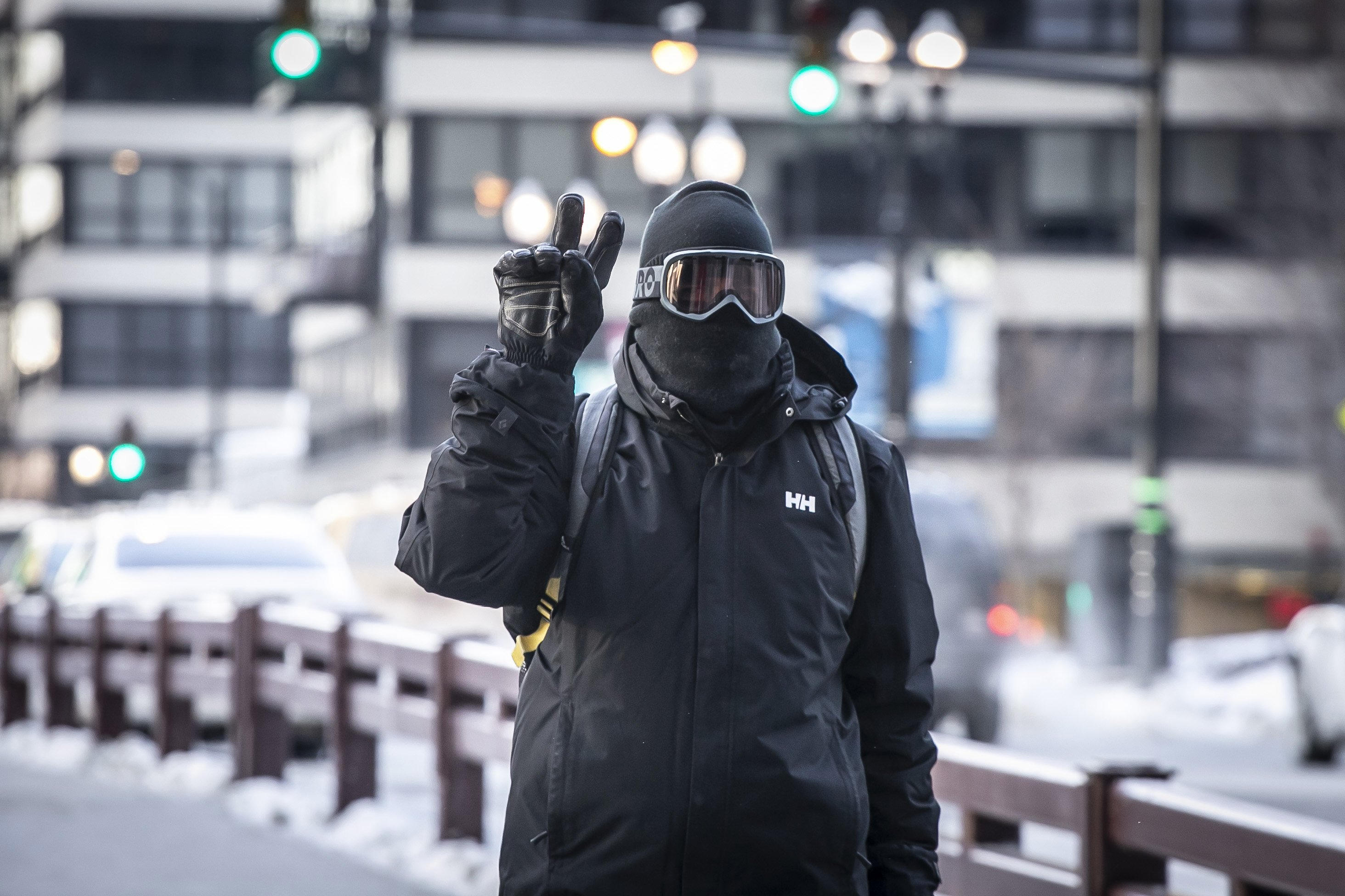 Flights canceled, offices close amid frigid Midwest weather