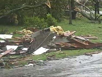 Irma Floods Miami, Destroys Homes in Palm Bay