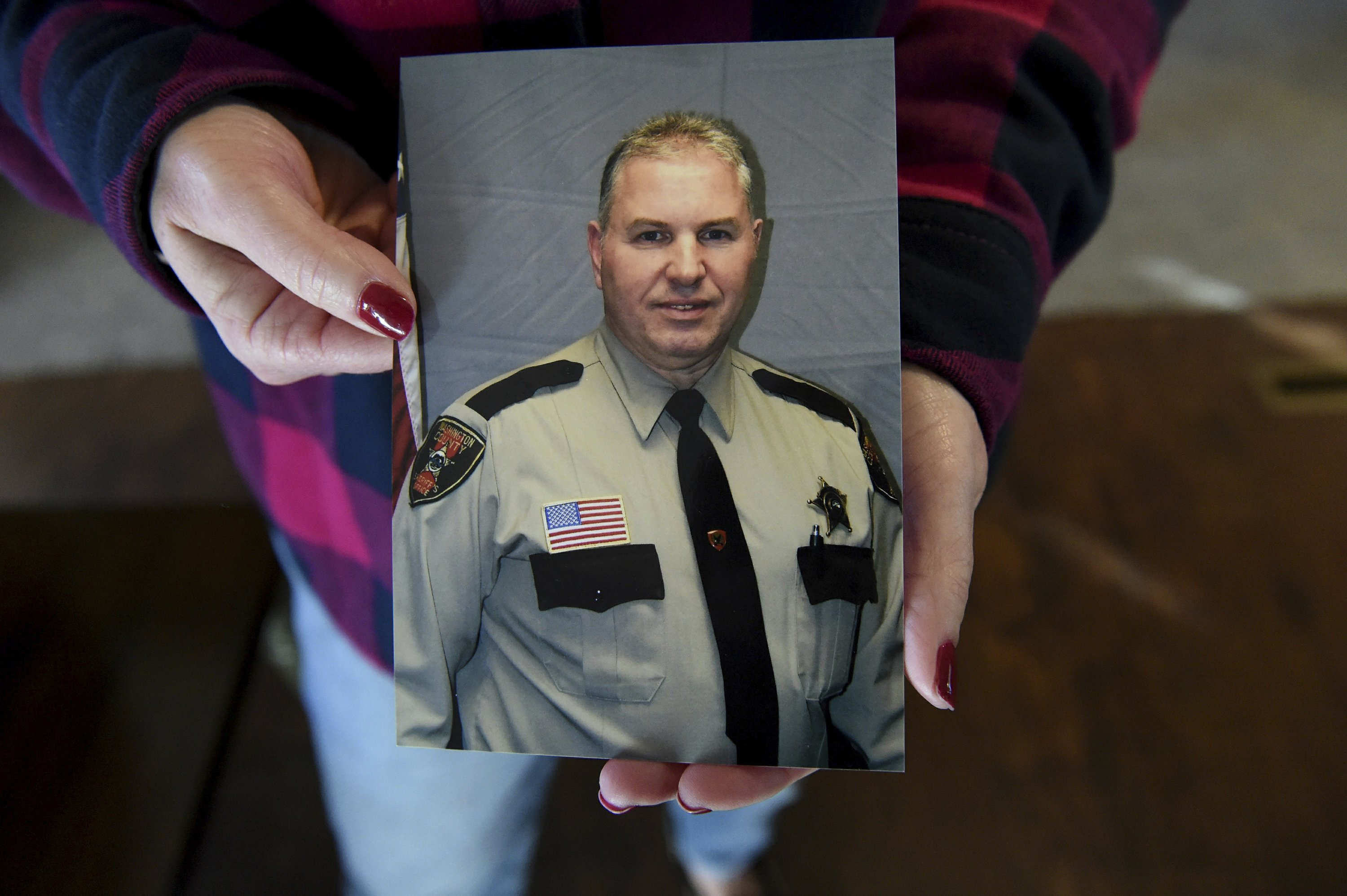 Widow of sheriff's deputy speaks out about mental illness