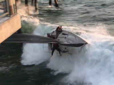 Raw: Sailboat Capsizes, Smashes into LA Pier